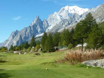 Golf Club Courmayeur Grandes Jorasses Val Ferret